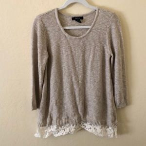 3/4 Sleeve sweater with lace bottom